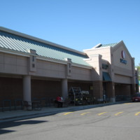 Safeway at Hunters Woods